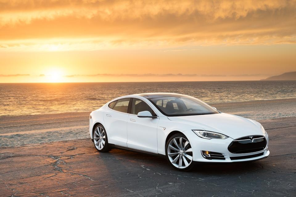 Supercharger networks are strategically located near diners, cafes, malls, etc. so drivers can relax while the system recharges the Model S for another 200 mile (320 km) run
