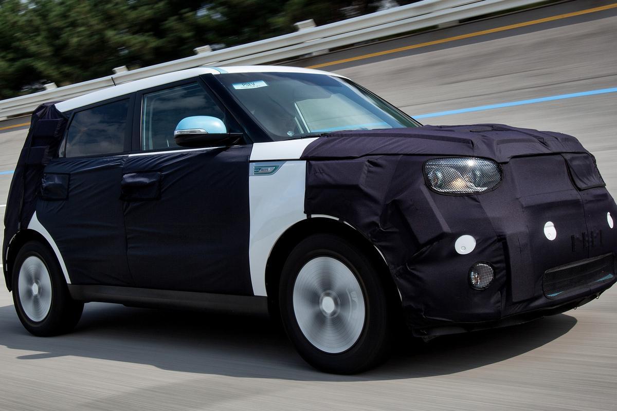 A front-wheel drive prototype Soul EV test car based on the 2014 Soul
