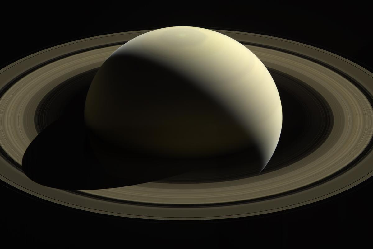 View of Saturn and its rings captured by Cassini in 2016