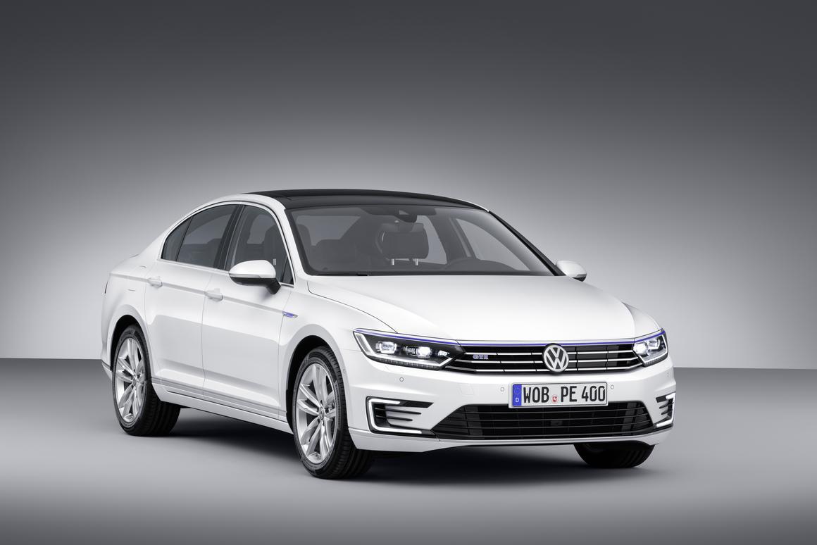 VW's Passat GTE will make its debut in Paris