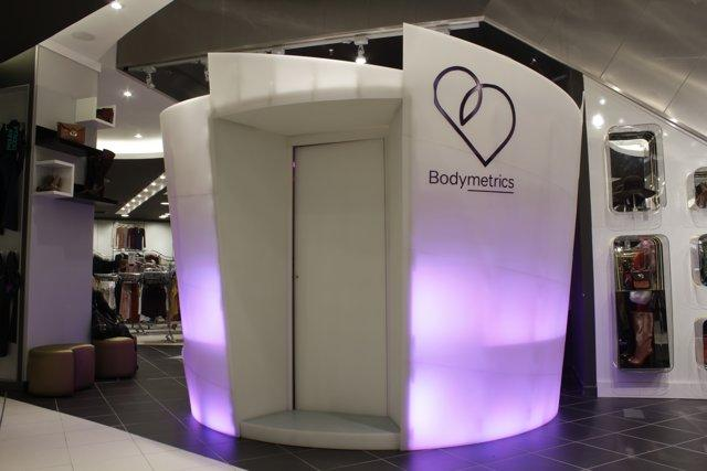 Bodymetrics' 3D body scanning pod design (Photo: Bodymetrics)