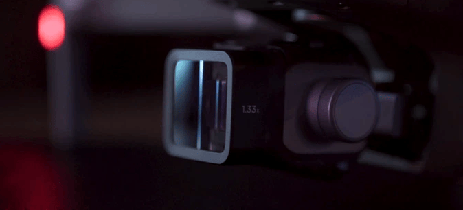 Moment says the Air anamoprhic lens uses the kind of cinema quality glass found in 4K cameras