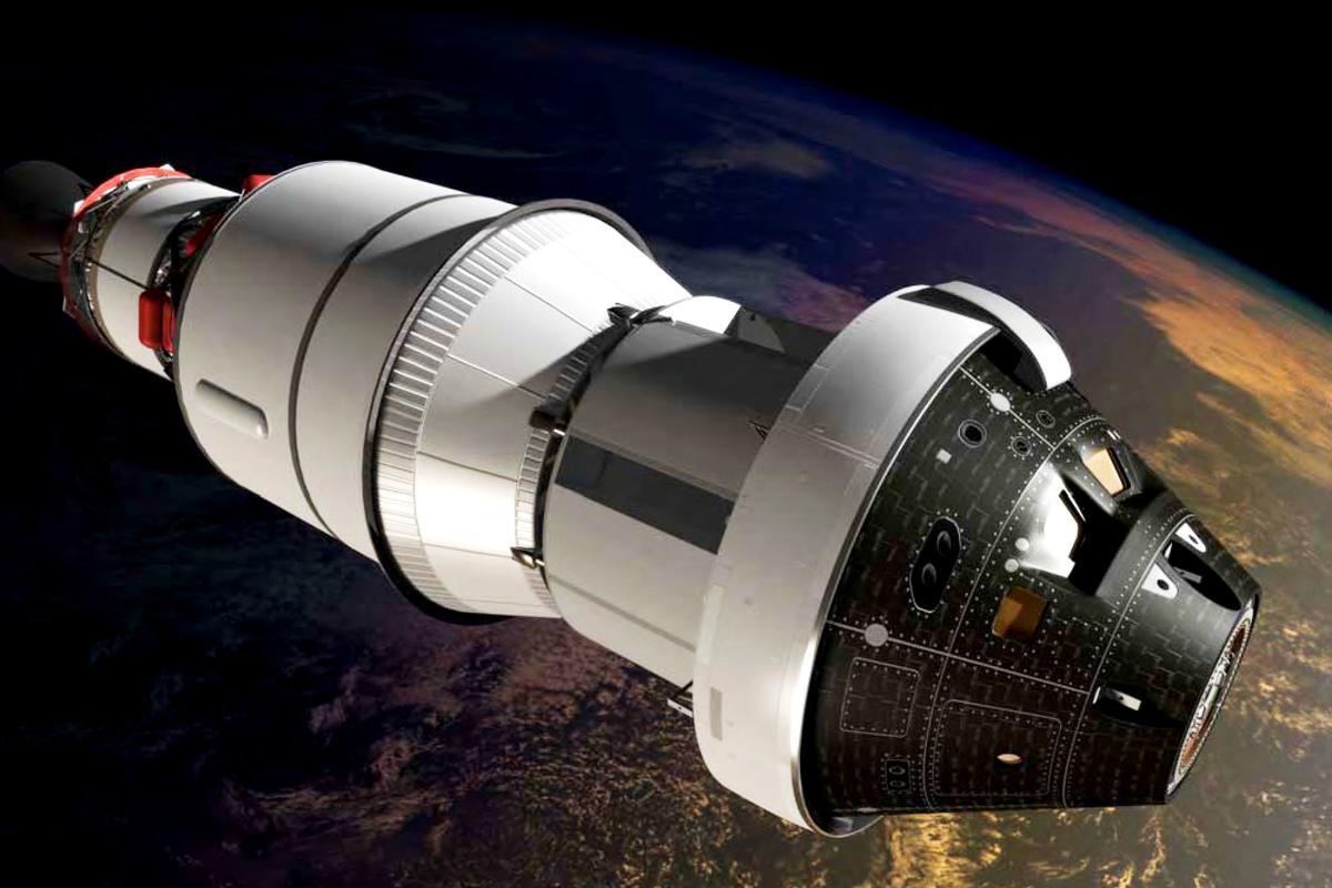 Artist's concept of EFT-1 in flight (Image: NASA)