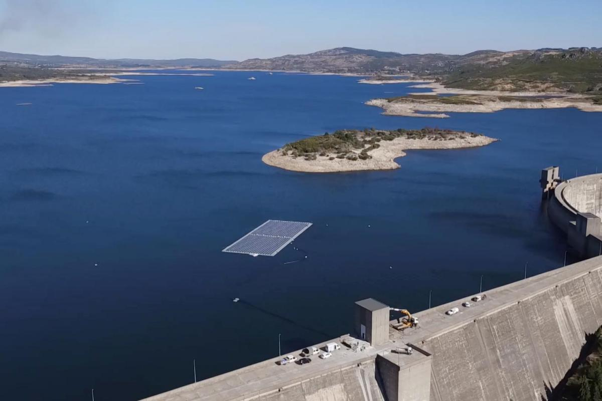 The first floating photovoltaic park on the dam of the River Rabagão, Portugal