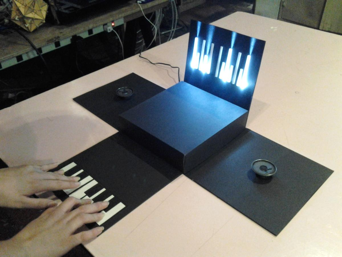 Portugal's Catarina Mota has created a 12-key synth with note-responsive LEDs from paper, some electronics and open source and custom code