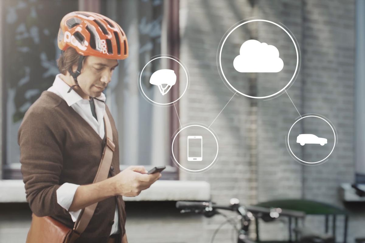The system tracks the location of both cyclists and Volvo cars