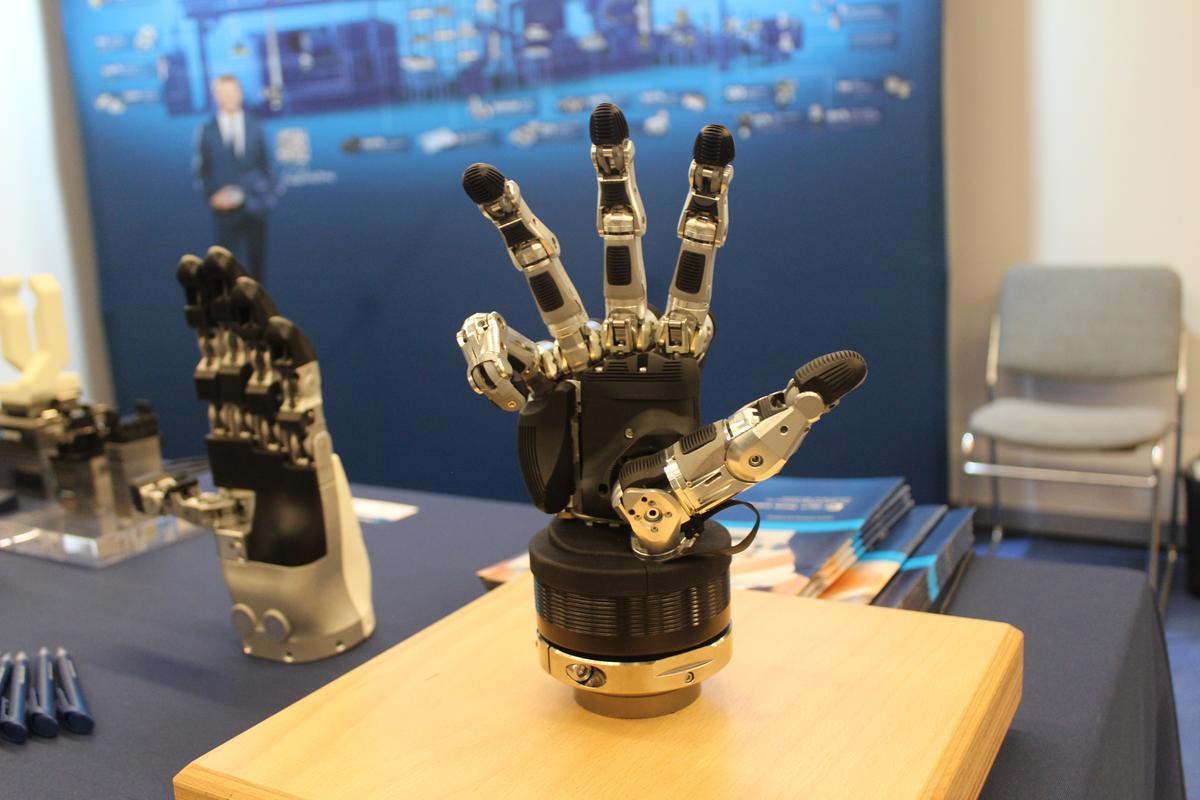 The SVH robotic gripping hand, from German company Schunk – it's designed mainly for use by robotics researchers, and closely mimics the dexterity and joint structure of a real human hand