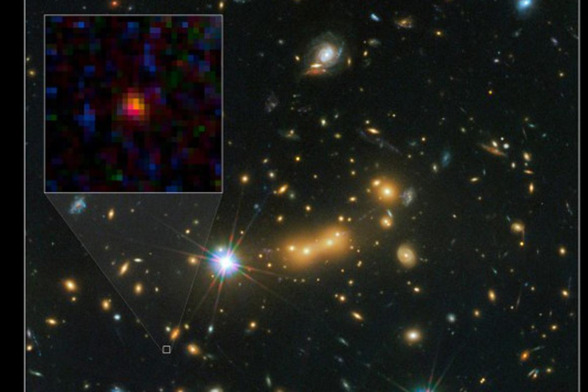 Distant galaxy lensed by Cluster MACS J0647 (Image: NASA)