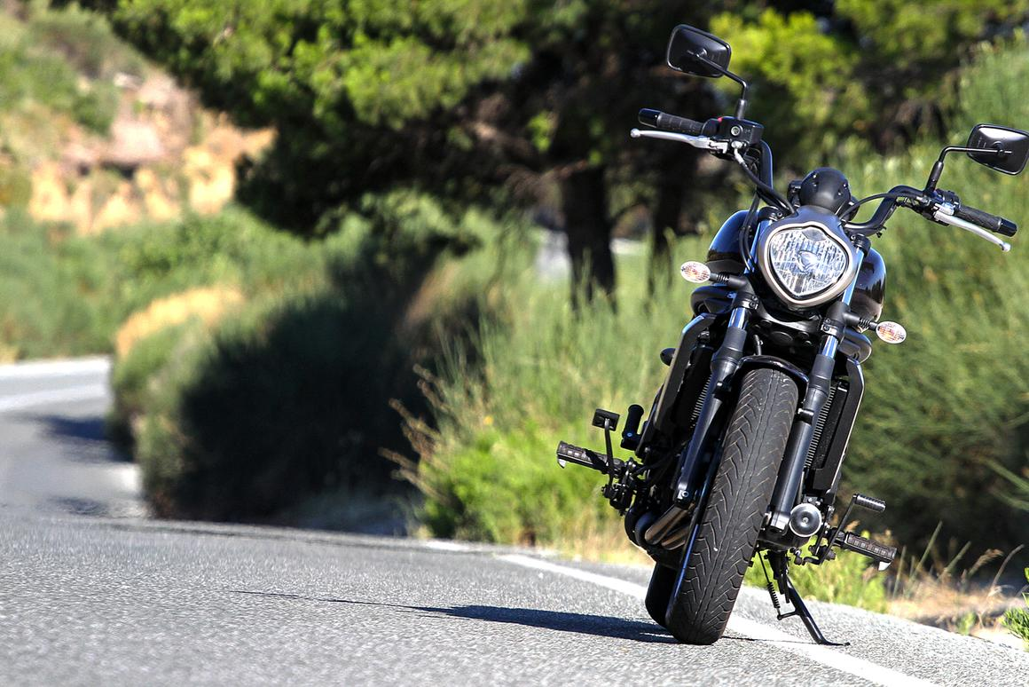 Review: Kawasaki Vulcan S cruises affordably in style
