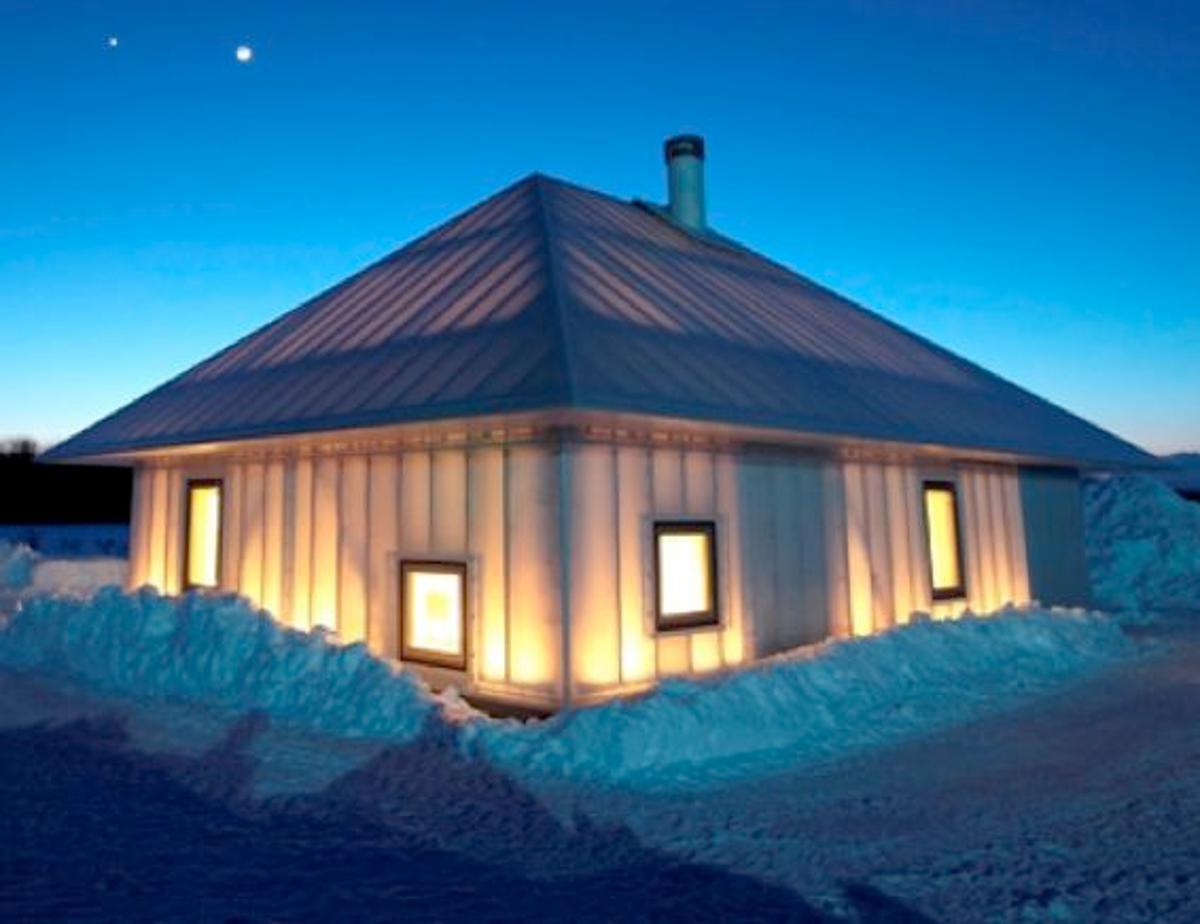 """Kengo Kuma & Associates has designed an experimental house in Hokkaido, Japan called """"Même"""""""