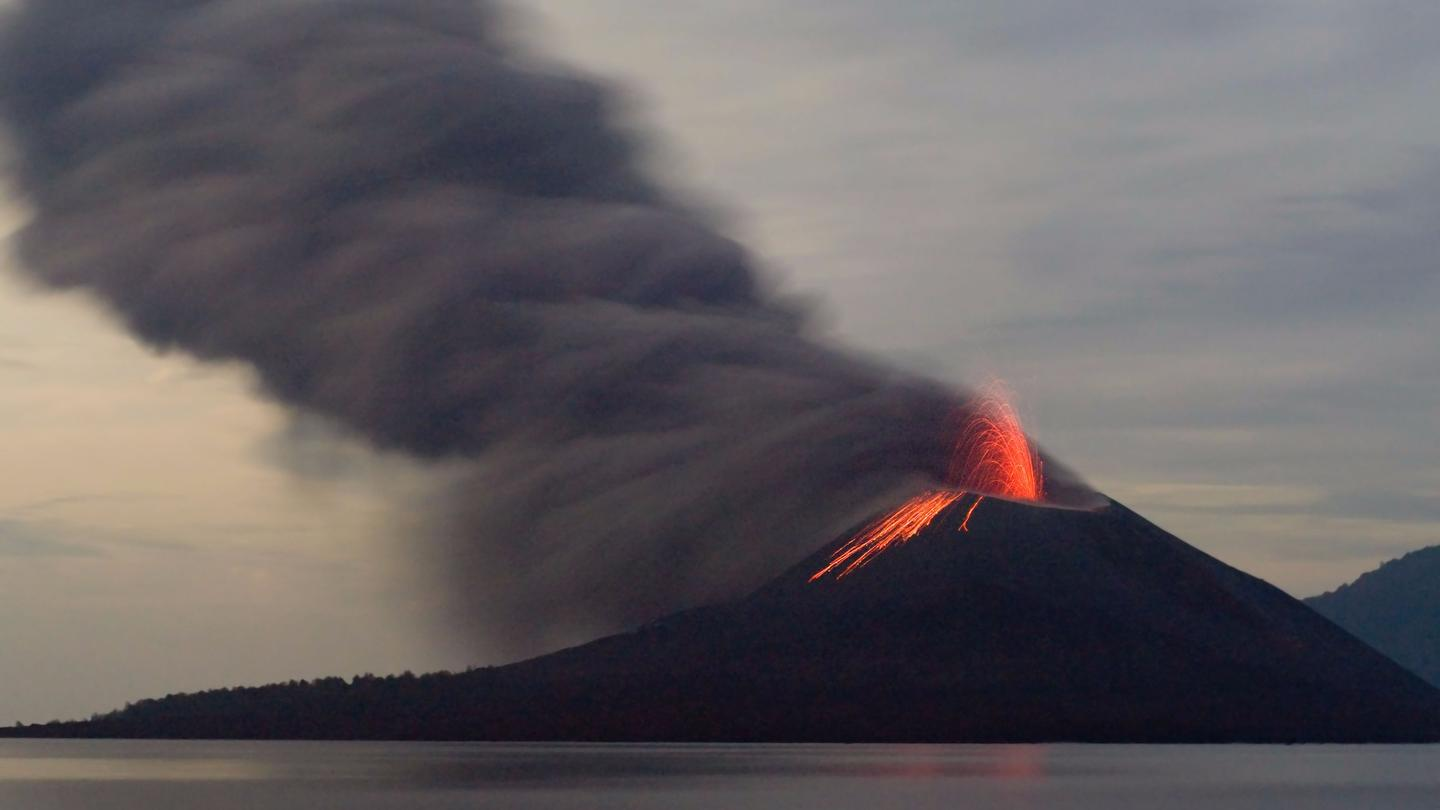 A new study suggestslaunching particles into our atmosphere to mimic the coolingeffects of volcanic eruptions could cause climate chaos around the world