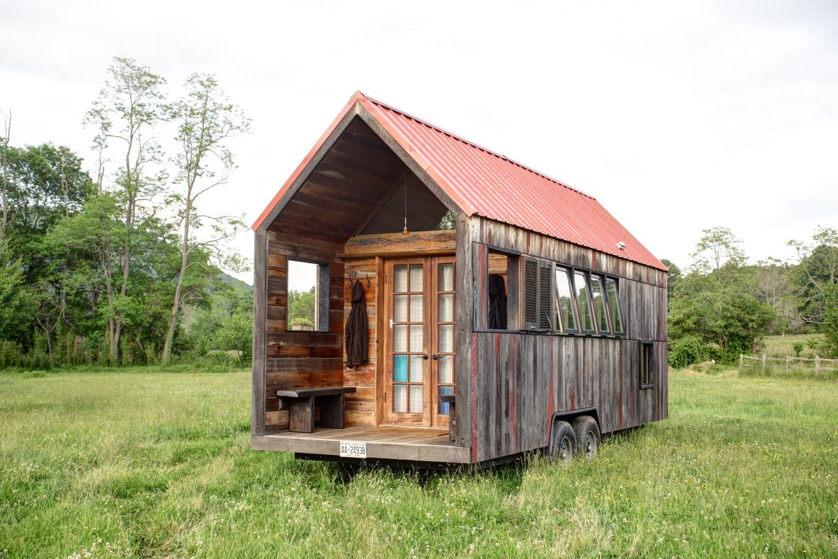 Self-professed design geek Aaron Maret has finally completed his very own micro home on wheels