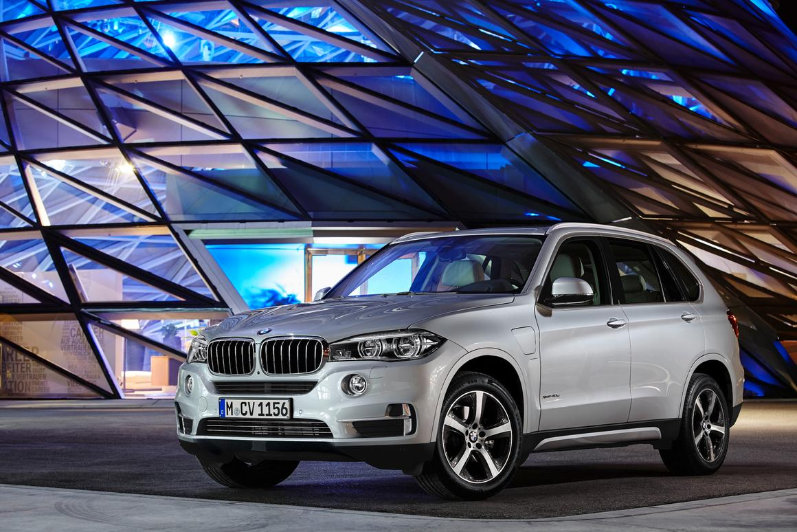 The BMW X5 xDrive40e is practical as well as efficient