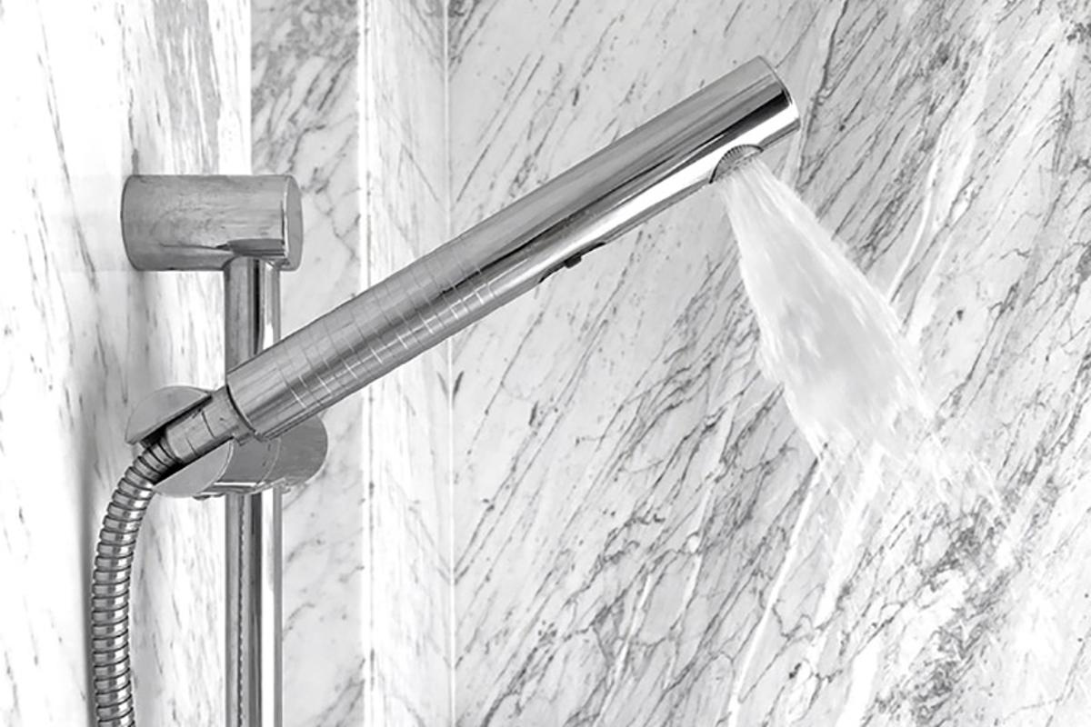 The Altered: Shower cuts water consumption by 75 percent while retainingcoverage, warmth and pressure