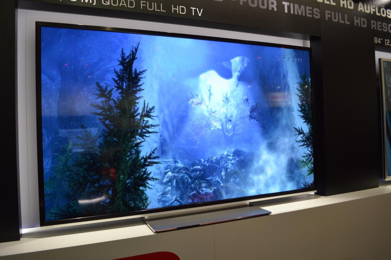 While not as high as the pixel-per-inch density of Toshiba's first 55-inch display, the new TVs will sport a still impressive 52ppi