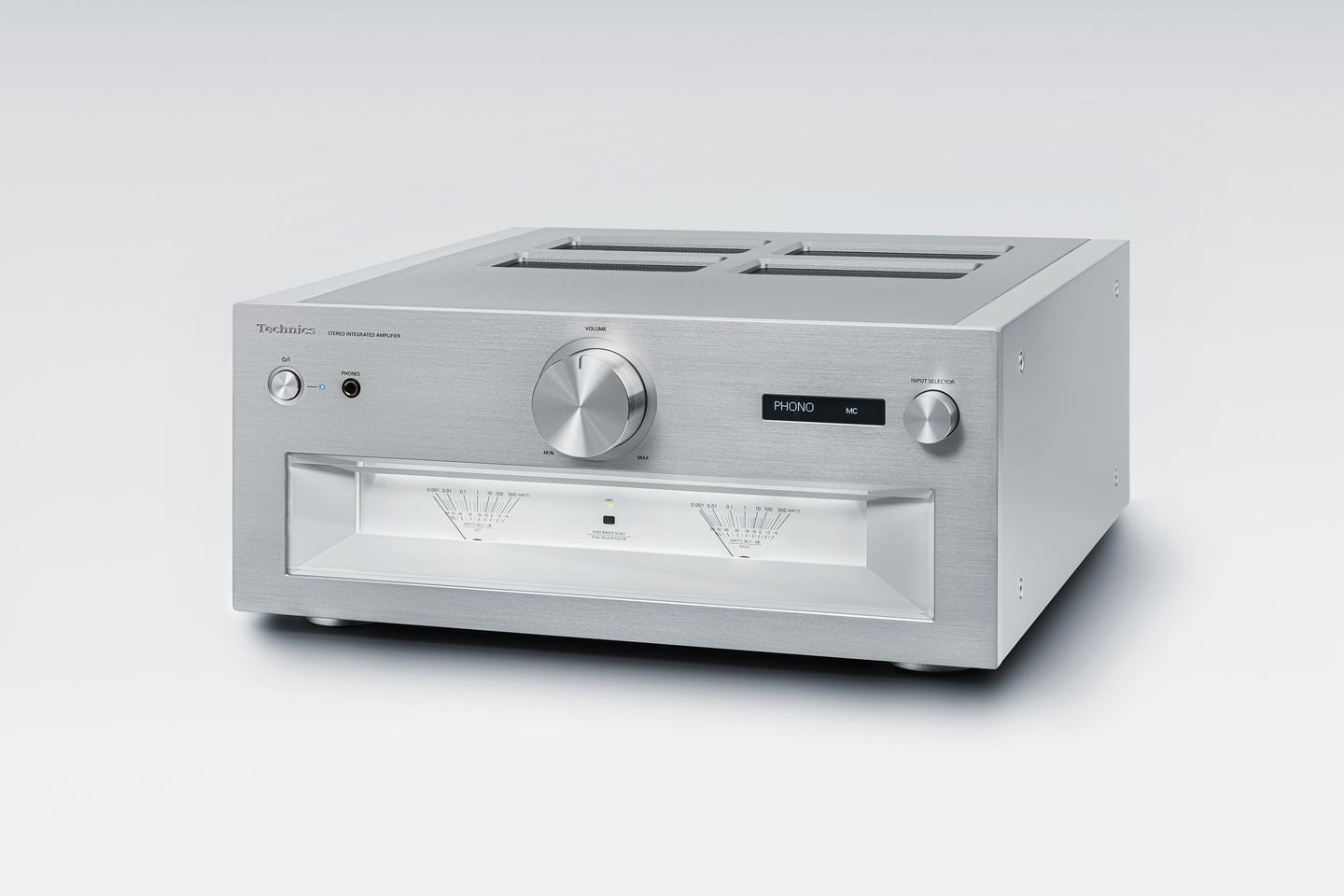 The Reference Class SU-R1000 integrated amplifier is built on a digital architecture