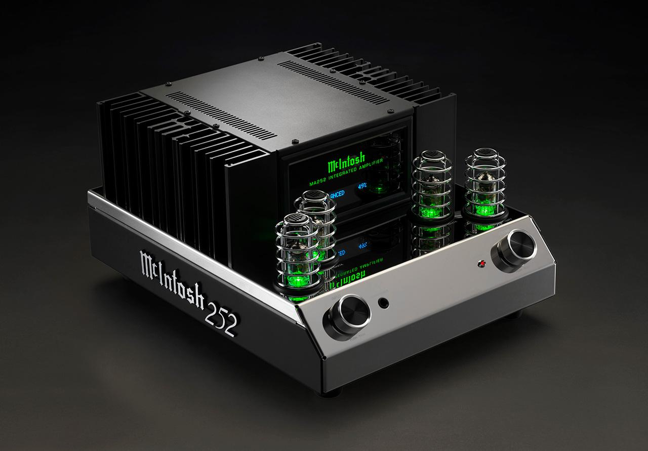 The MA252 is the first hybrid integrated amplifier from McIntosh