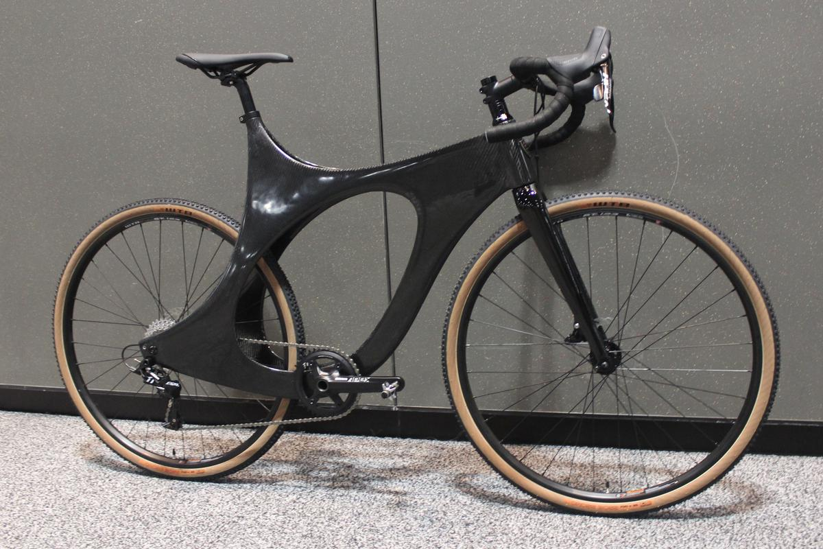 Ryan Cargo's carbon fiber creation on display at NAHBS 2018