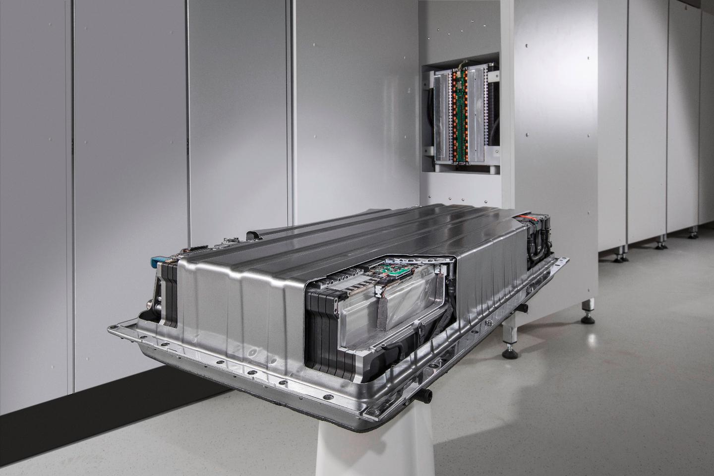 Since they were developed for demanding service on board cars, Mercedes-Benz says its energy storage units meet the very highest safety and quality standards