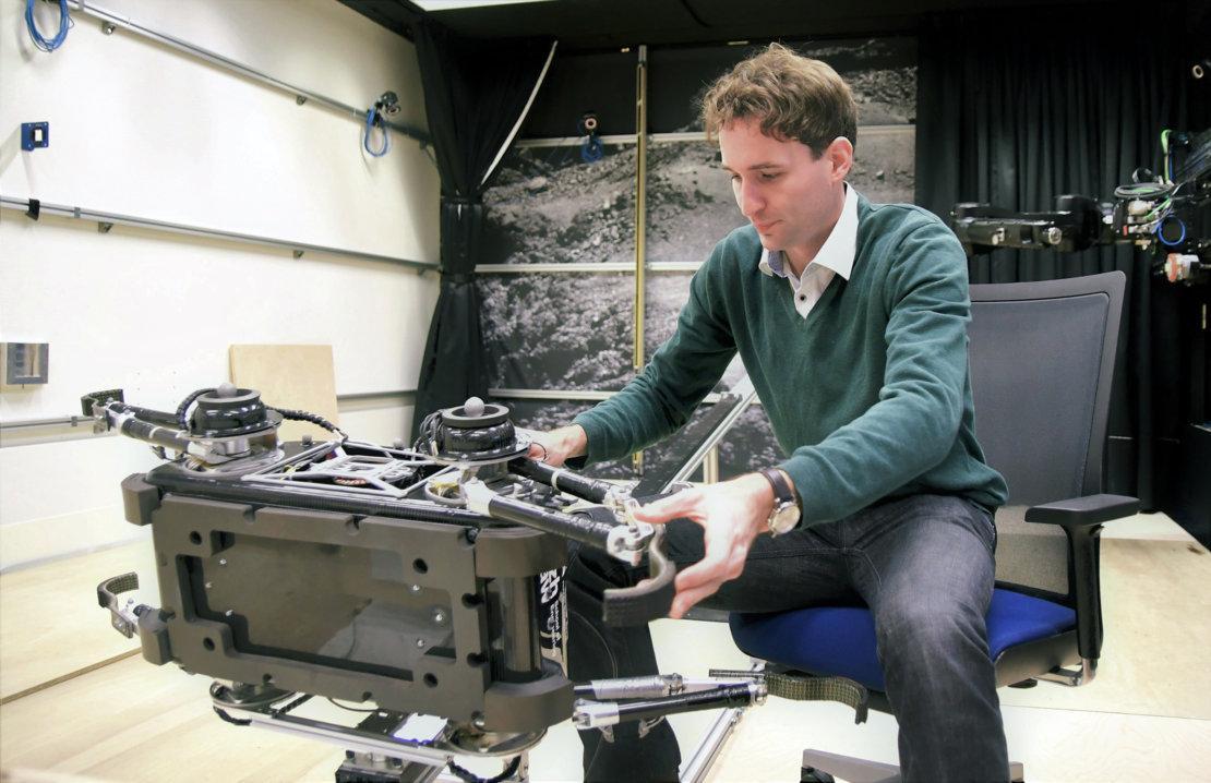 Hendrik Kolvenbach with SpaceBok