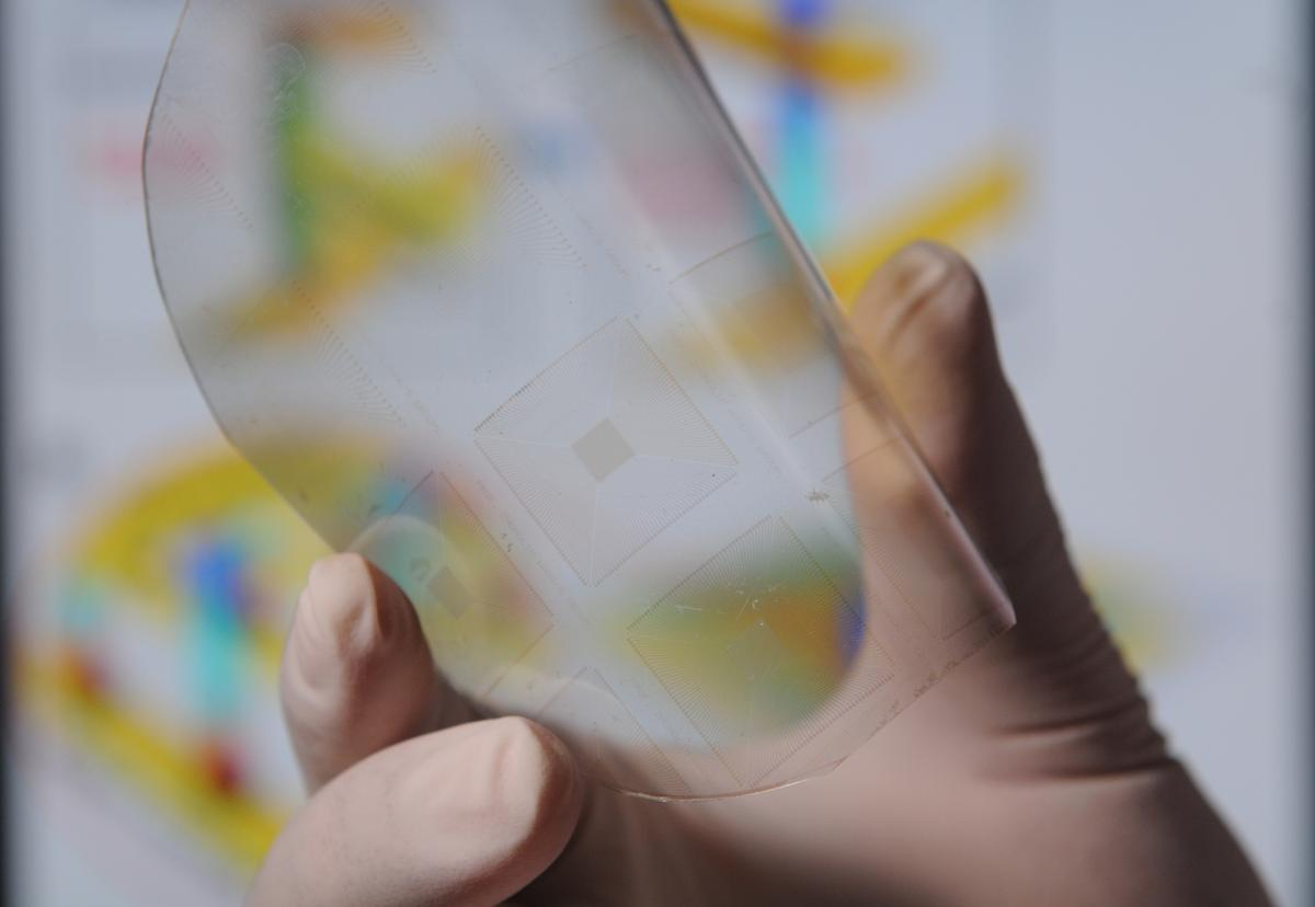 Scientists at Georgia Tech have crafted a new type of touch-reactive material that's sensitive enough to read fingerprints and could give robots a sense of touch that resembles our own (Photo: Georgia Tech / Gary Meek)