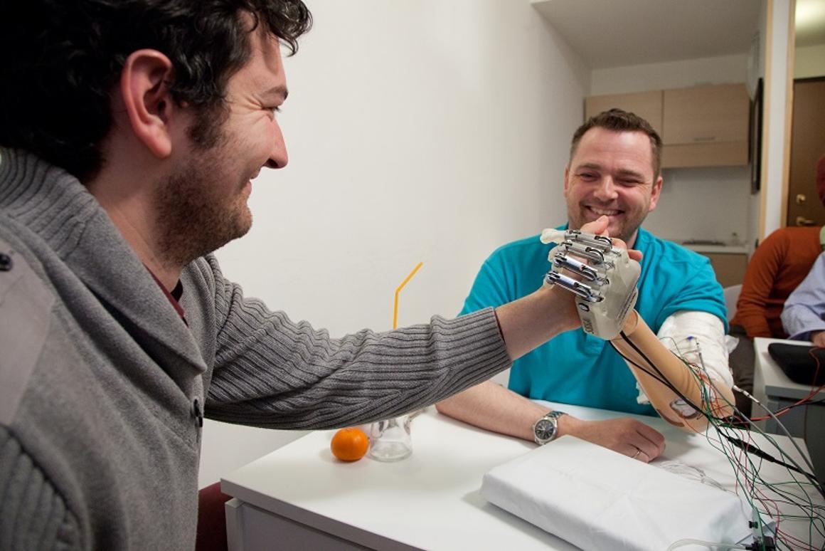 Dennis Aabo Sørensen, using his sensory-enabled prosthesis