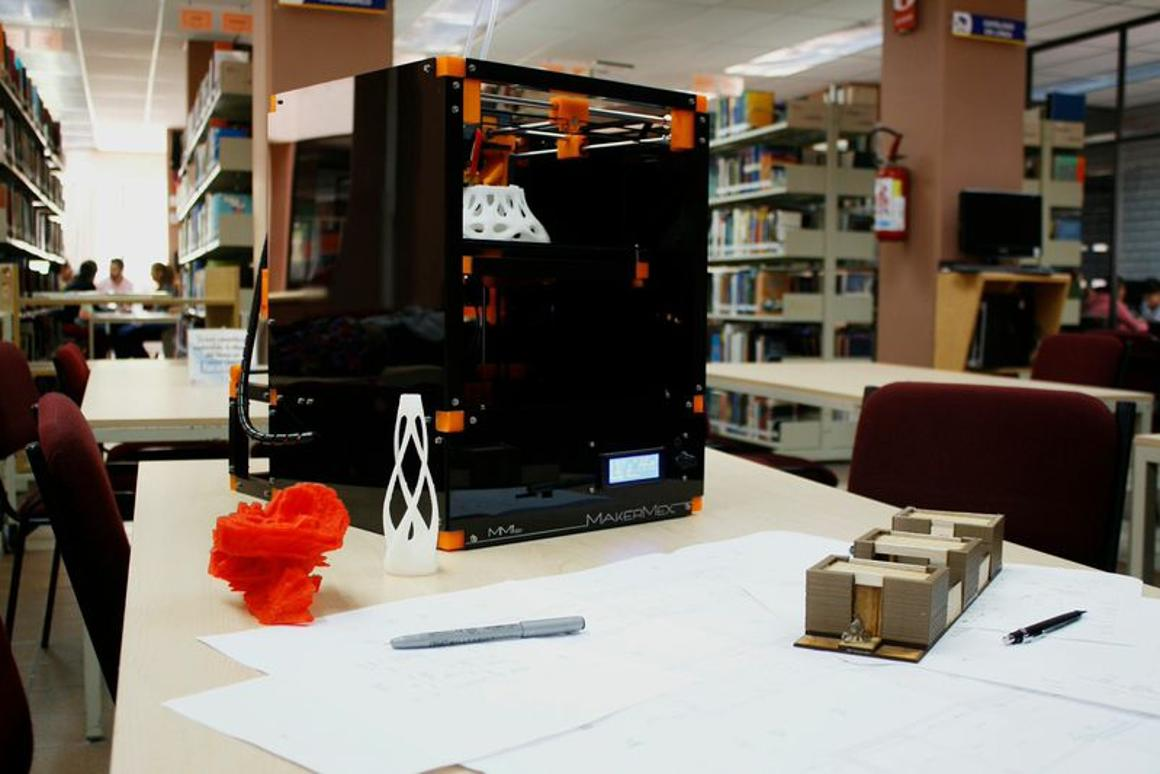 MakerMex's MM1 3D printer is designed to be easily upgraded as the technology advances