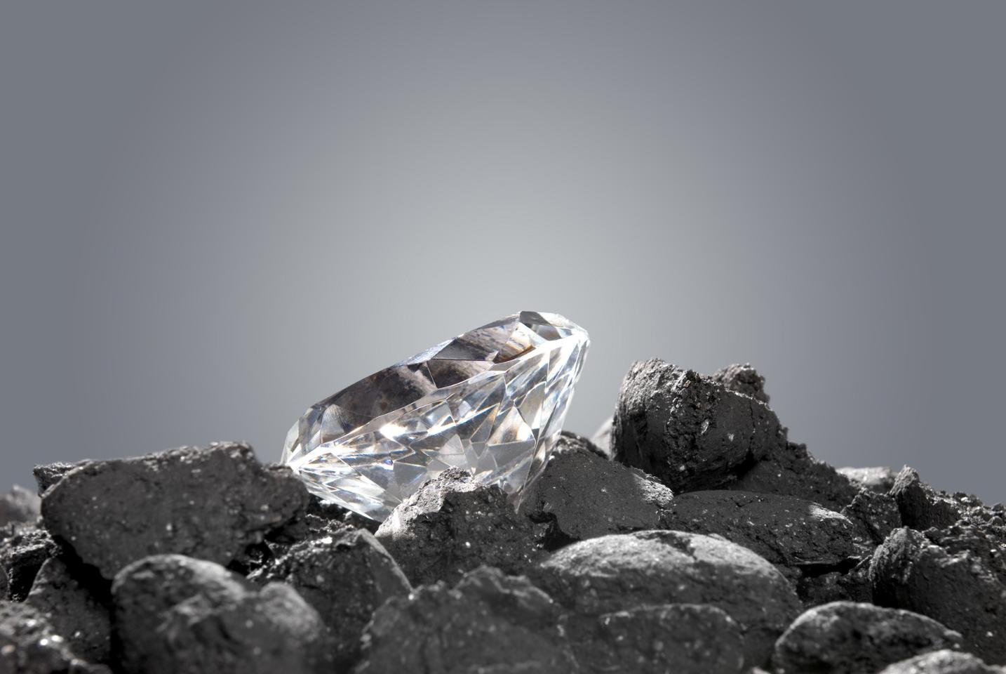 new study suggests there may be 1,000 times more diamonds in the Earth's interiorthan previously believed