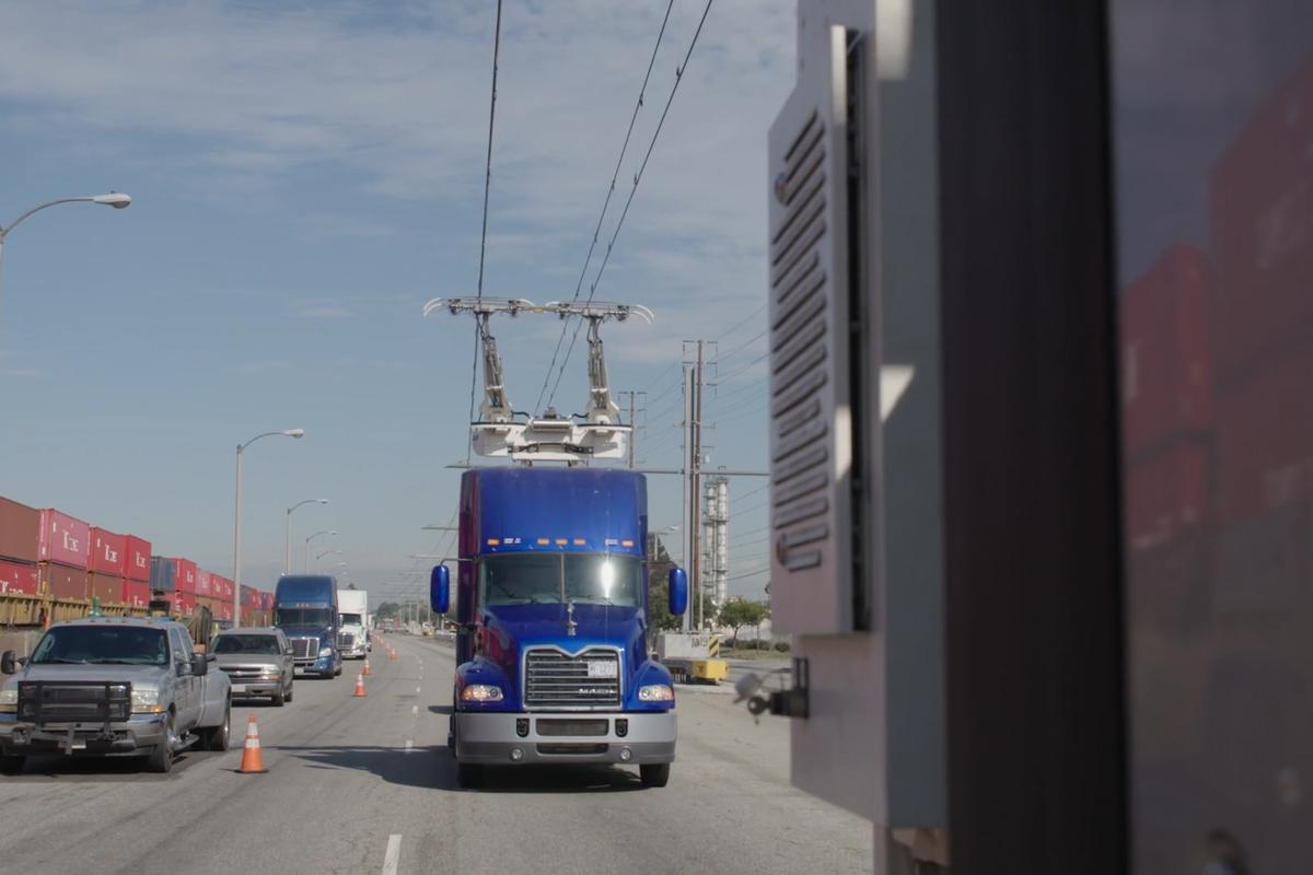 Three cargo hauling hybrid trucks are involved in the Californian eHighway trial
