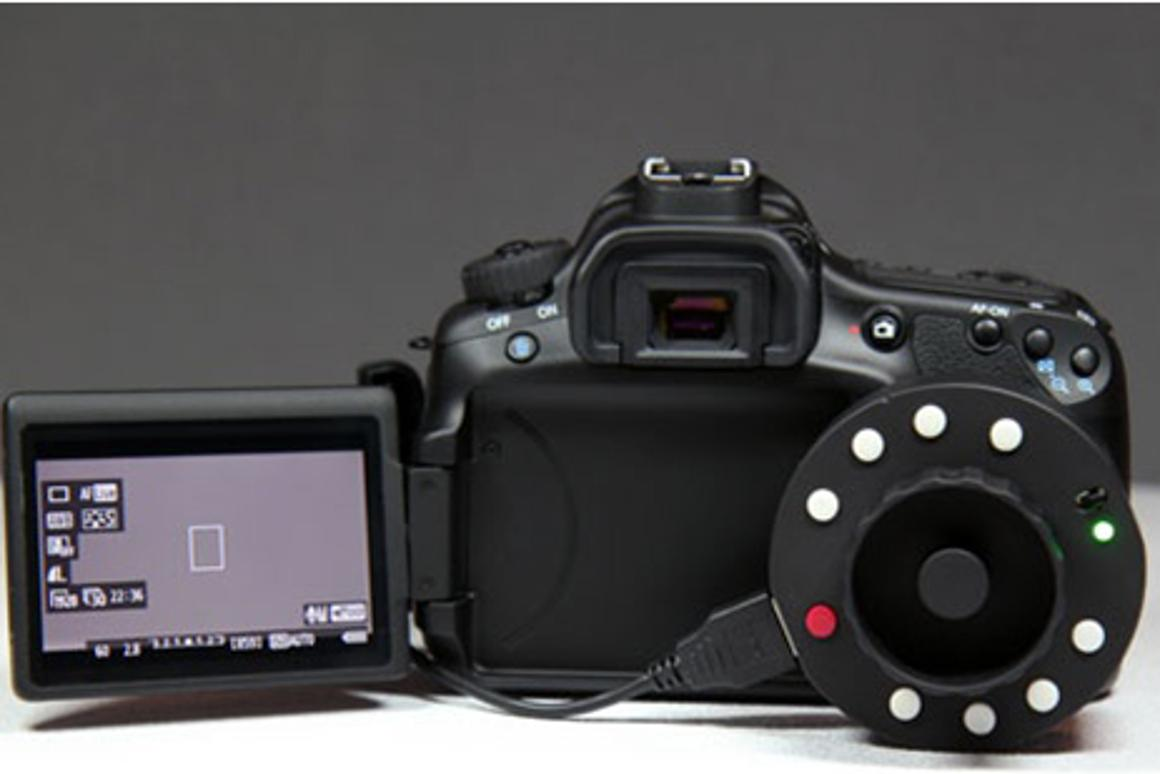 The Okii Systems USB Follow Focus works with many Canon EOS DSLRs (shown here with the EOS 60D)