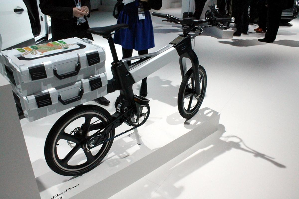 The MoDe:Pro has space at the rear for carrying goods (Photo: Stu Robarts/Gizmag.com)