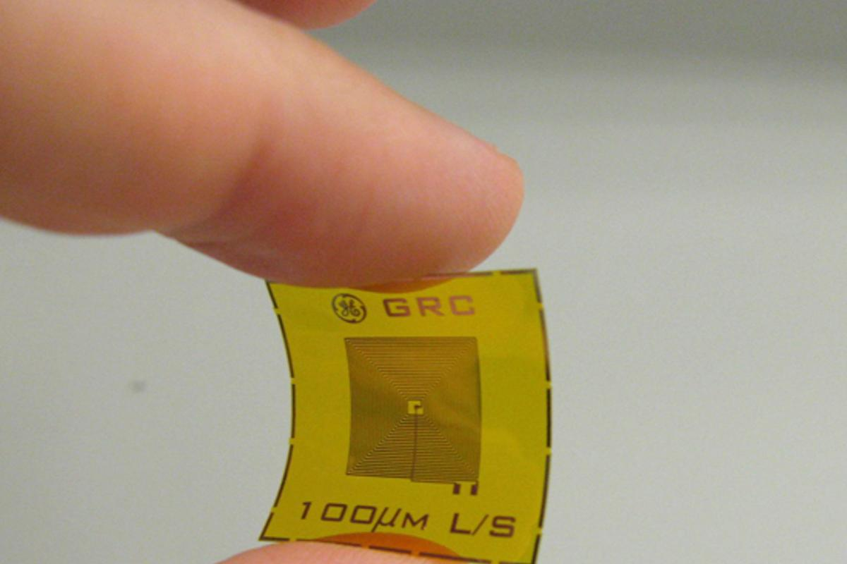 Example of a wireless, battery-free RFID sensor tag for detection of chemicals such as explosives and oxidizers (Photo: GE)