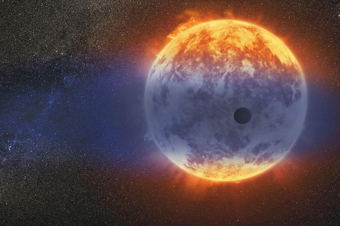 Astronomers have analyzed the atmosphere of the exoplanetGJ 3470 b