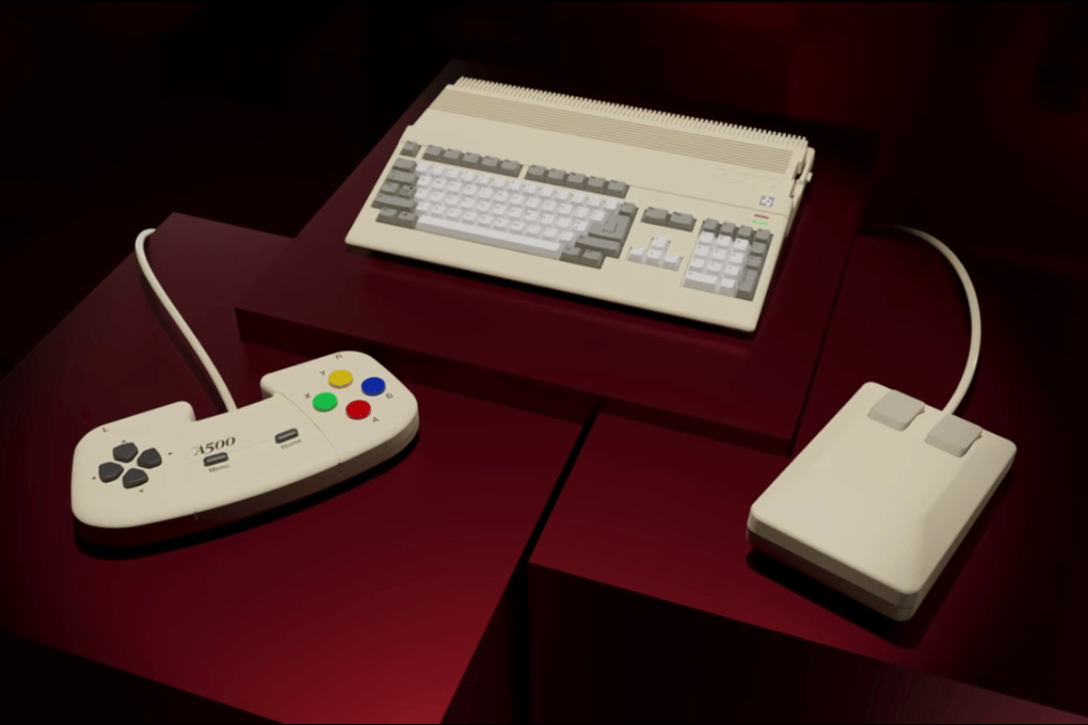The Amiga 500 Mini comes with the original blocky two-button mouse and a brand new gamepad controller, styled to match the 80s chic of the console
