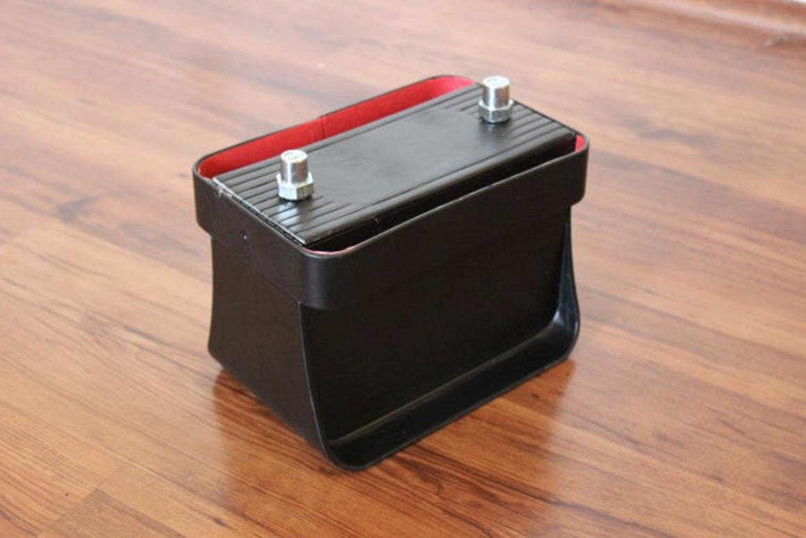 The Ohm is designed as a smarter form of car battery