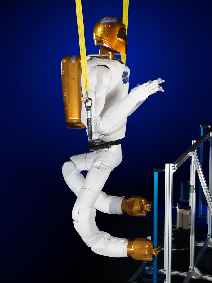 The new legs will allow R2 to move about the ISS (Image: NASA)