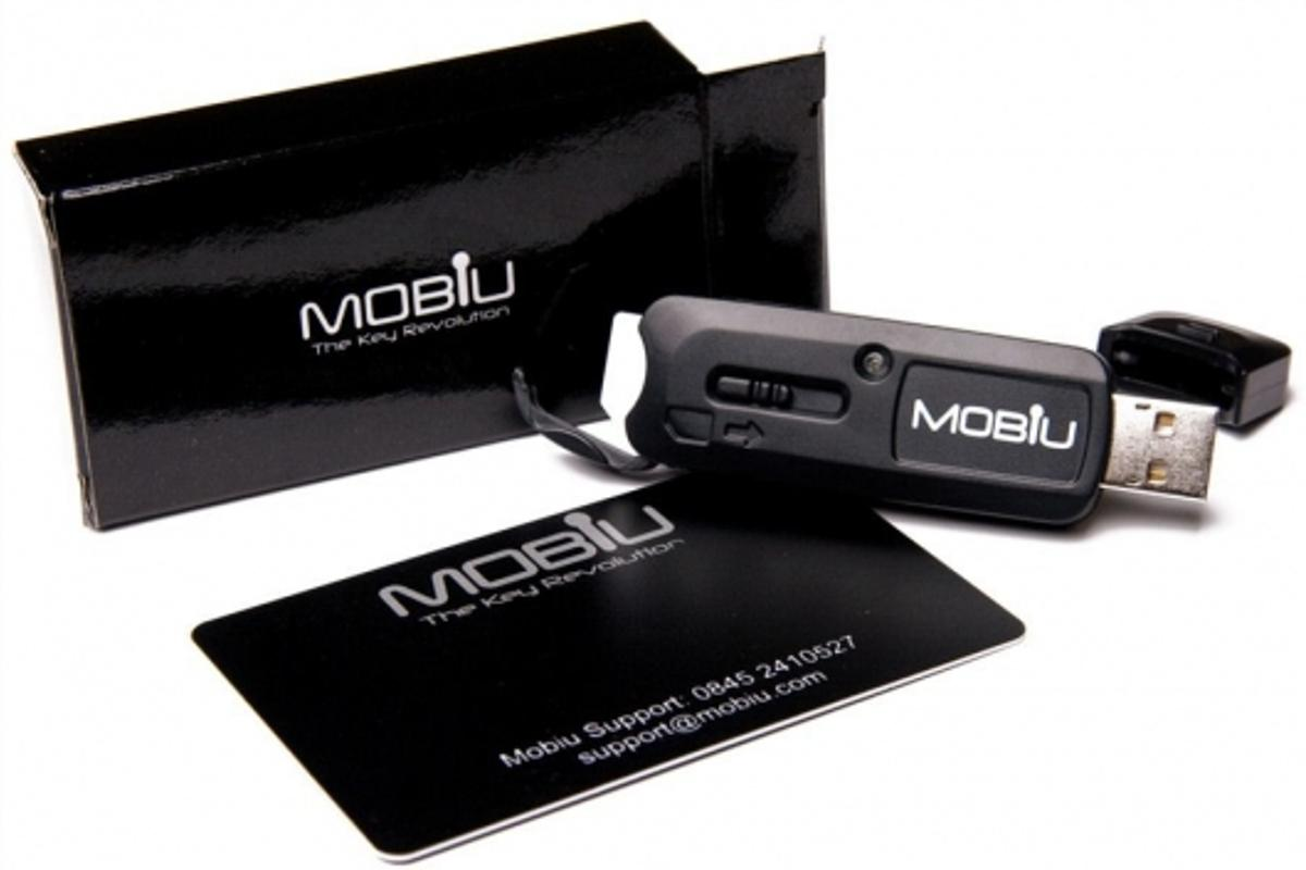 The Mobiu Smart Key offers secure chip and PIN security for online storage