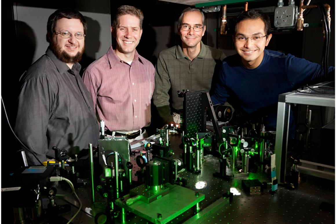 A team of Illinois researchers developed an imaging technique that uses laser light to identify cancer cells (Photo: L. Brian Stauffer)