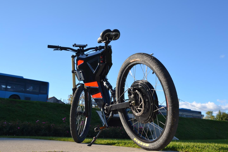 The eye-catching Grunner X smart e-bike from Mobile Vehicle Technology