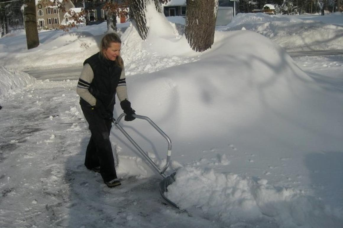 snowbow lets you get straight  to shovelling the snow