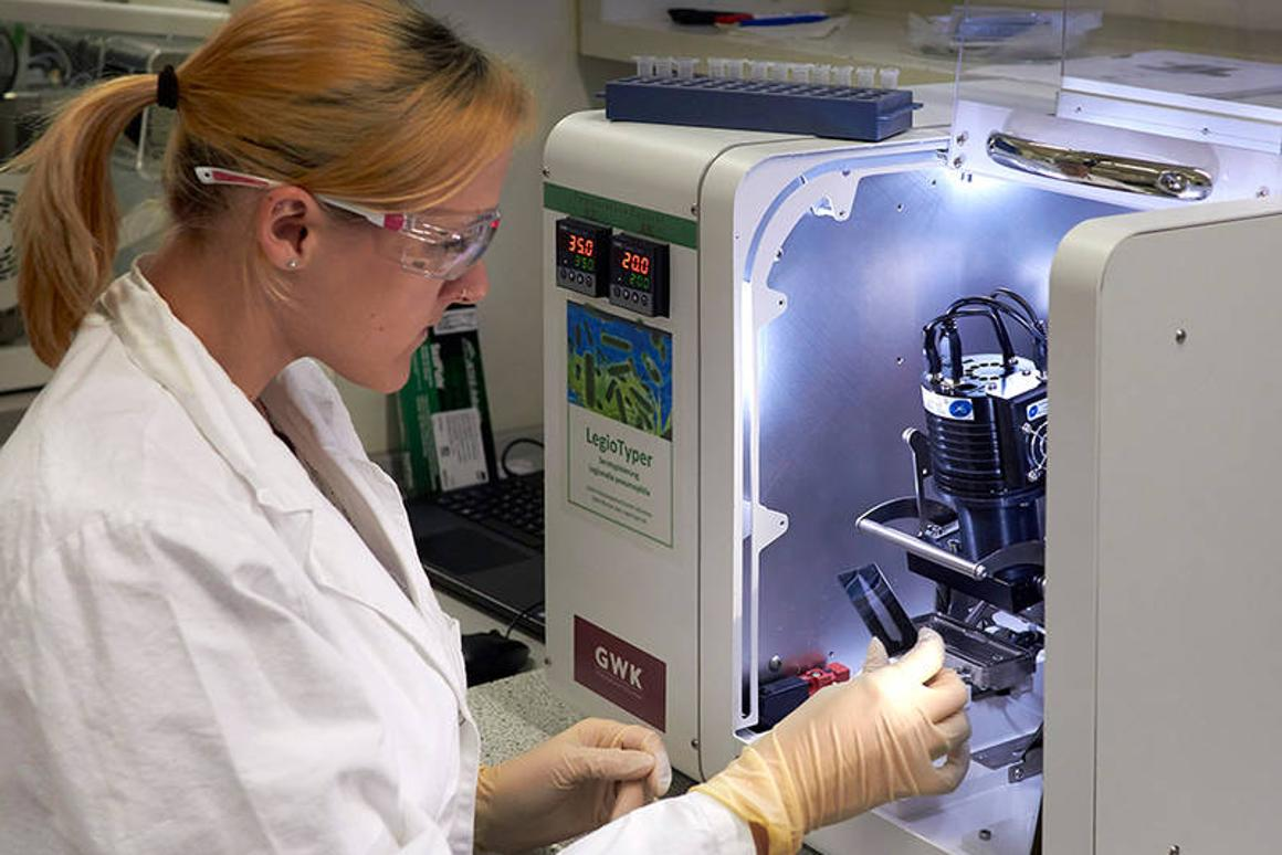 TUM scientist Catharina Kober works with the LegioTyper chip