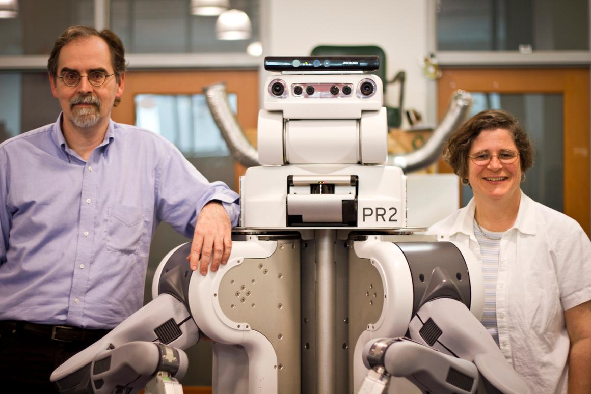 MIT computer scientists Tomas Lozano-Perez and Leslie Kaelbling with the Willow Garage PR2 robot (Image: Melanie Gonick)