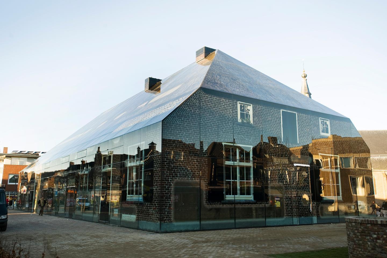 MVRDV's Glass Farm (Photo: Persbureau van Eijndhoven)