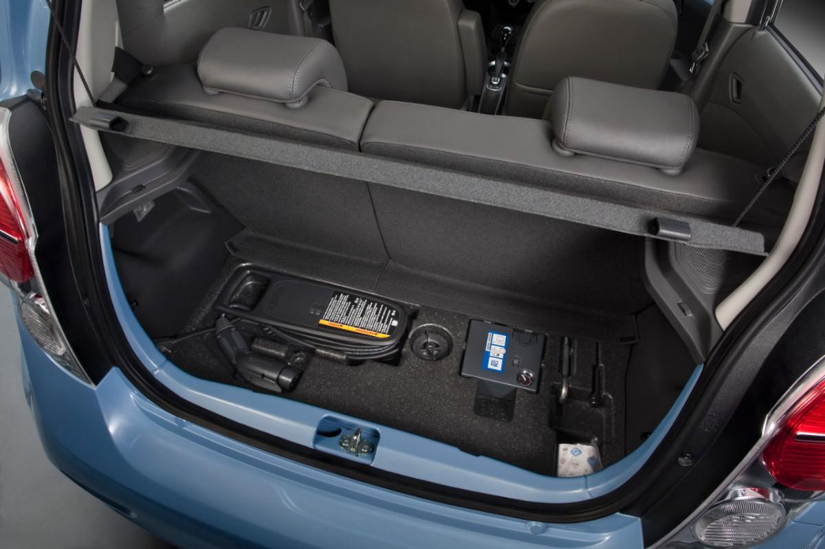 The cargo area of the Spark EV © General Motors