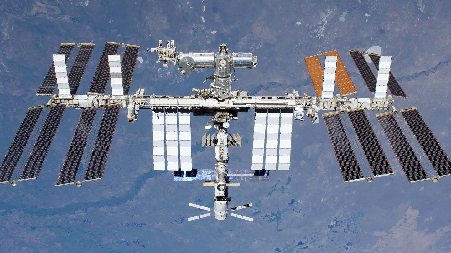 Astronauts were evacuated from the American modules of the ISS following a suspected ammonia leak (Photo: NASA)