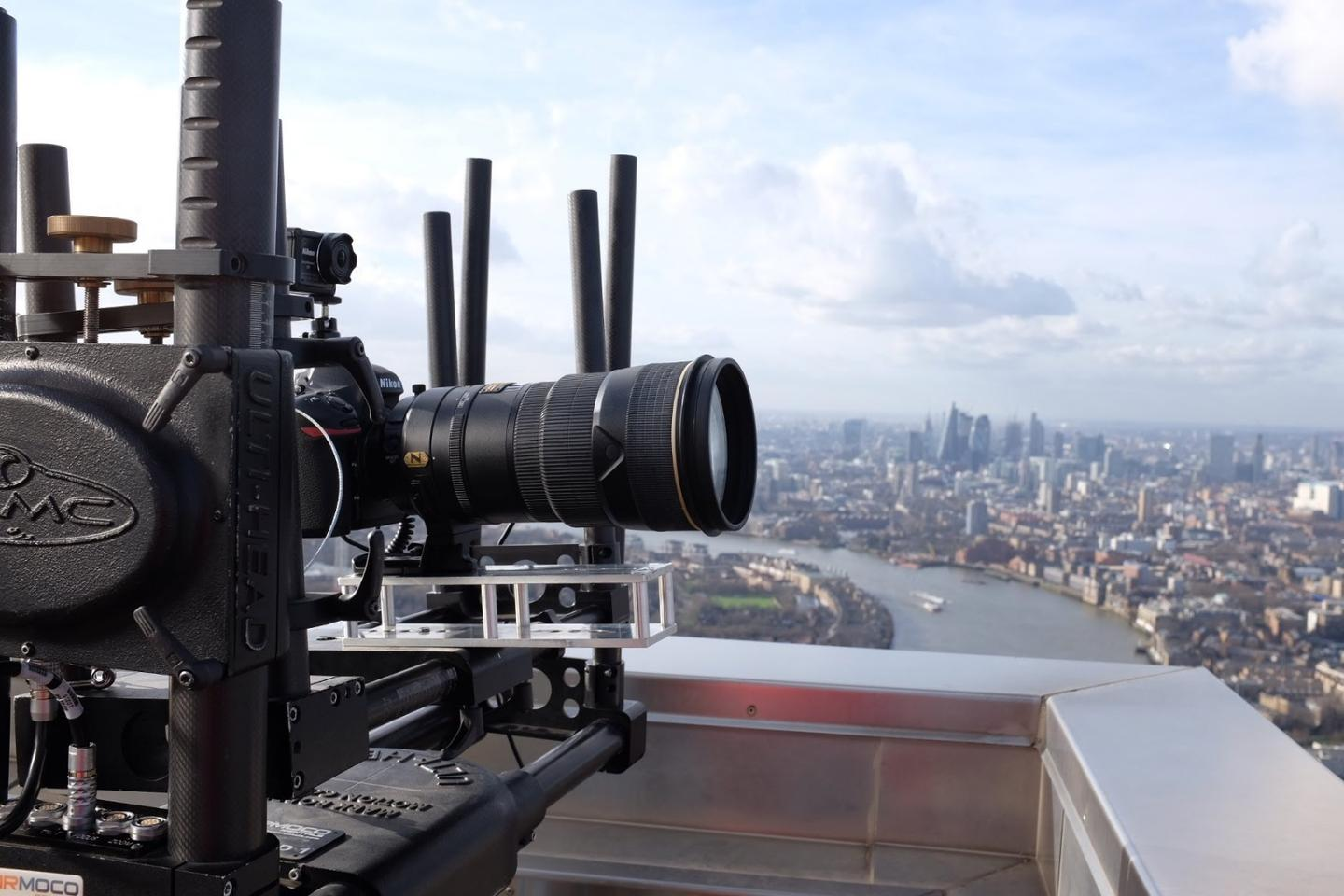 A Nikon D850 with a 300mmF2.8 Nikkor lens was used to take the first London Gigalapse