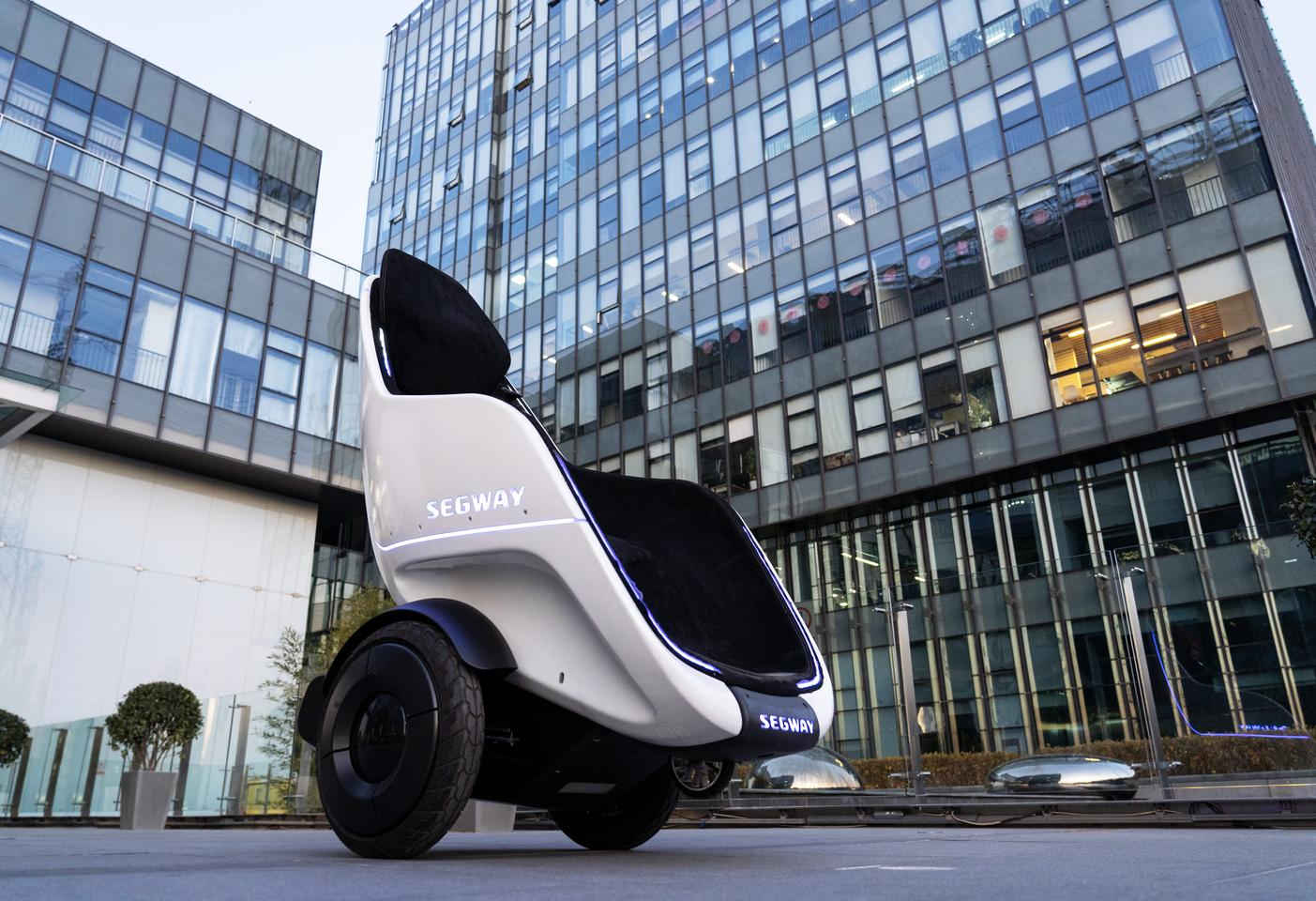 The S-Pod has a top speed of 24 mph and is designed for enclosed campuses