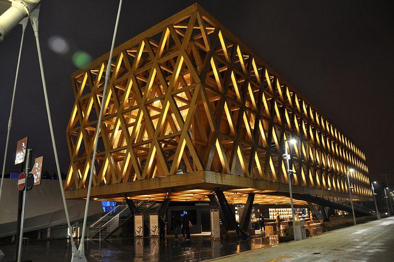 Chile's Pavilion features a dramatic external wooden facade and stretches over 1,910 square meters (20,560 sq ft)