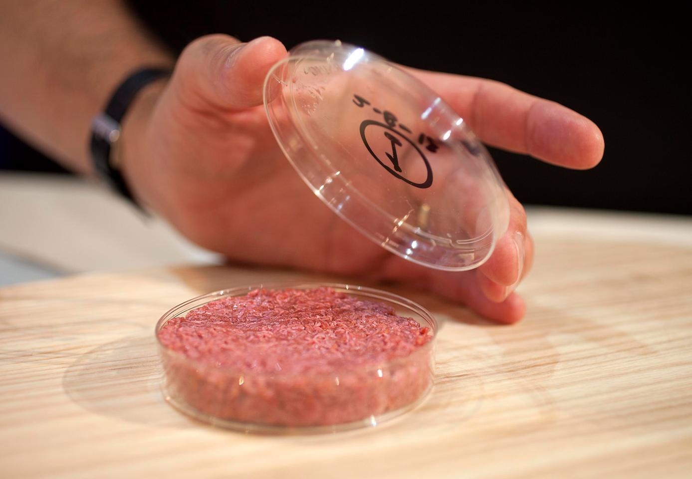 The cultured beef burger took 20,000 individually grown strands of tissue