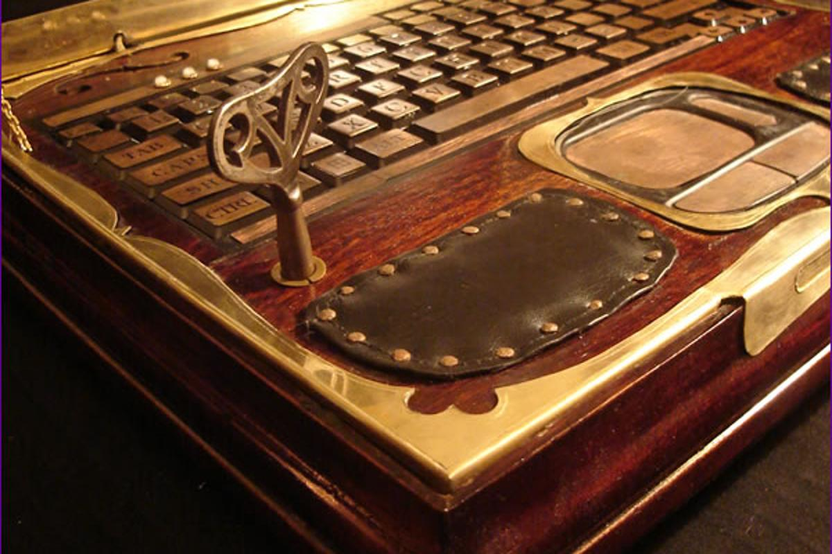 "Richard ""Datamancer"" Nagy has recently announced that he's ready to start building and selling Steampunk Laptops (Photo: Richard Nagy)"